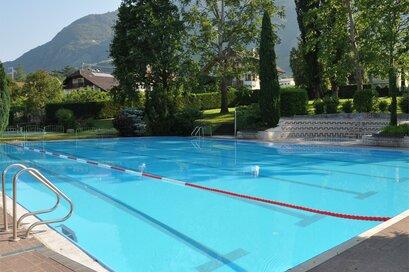 La piscina pubblica di Terlano