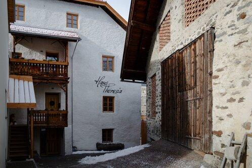House Theresia