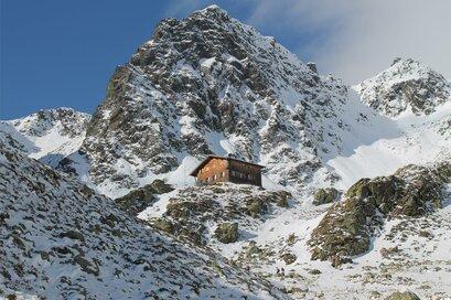 Tiefrastenhütte im Winter
