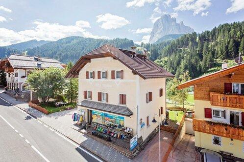 Apartments Alpina